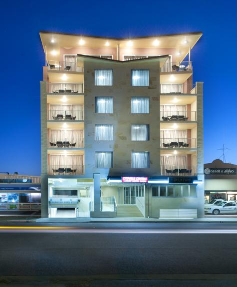 Hotel - CBD Luxury Accommodation