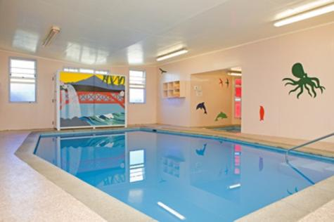 Indoor heated pool - Amber Court Motel