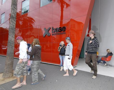 Front Exterior - Base Backpackers Melbourne - St Kilda