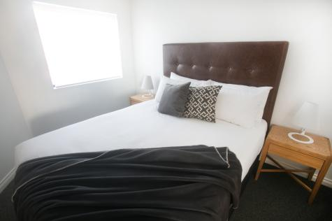 One Bedroom Guest Room - Bondi 38 Serviced Apartments