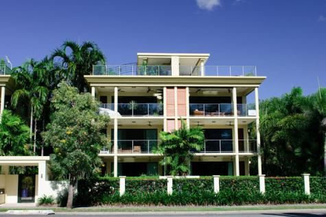 Exterior - Cairns Beach Holiday Apartment