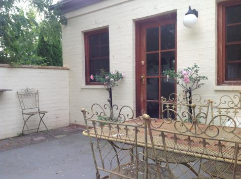 Courtyard - Cottage - Ginninderry Homestead Wallaroo