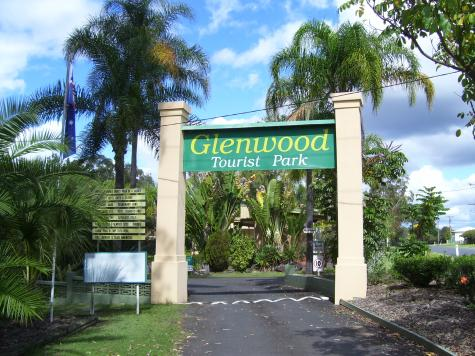 Entrance to The Park - Glenwood Tourist Park