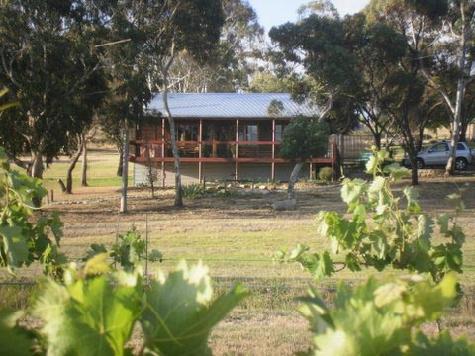 Ivybrook Vineyard - Cottage View - Ivybrook Vineyard Cottage