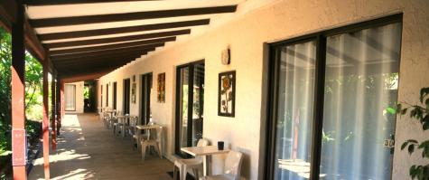 Entrance Hallway - Kimberley Croc Motel