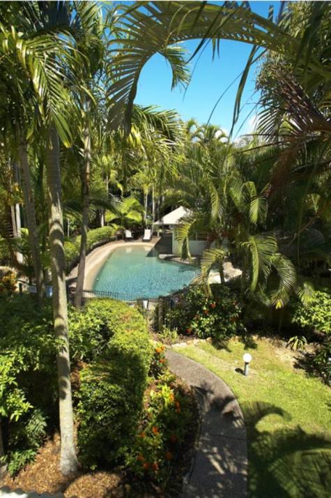 Exterior - Noosa Outrigger Beach Resort