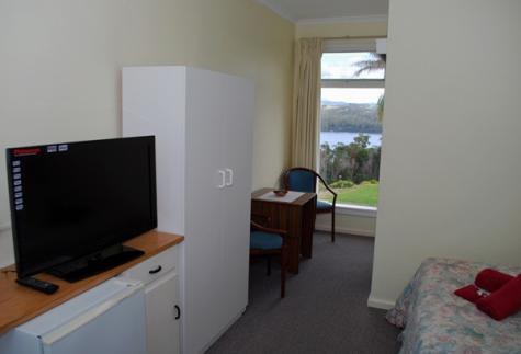 Room - Norfolk Pine Motel