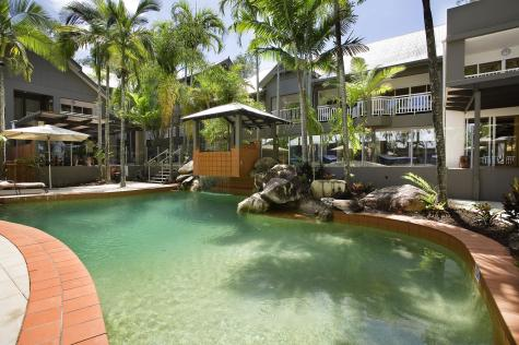 Lagoon Pool - Paradise on the Beach Resort