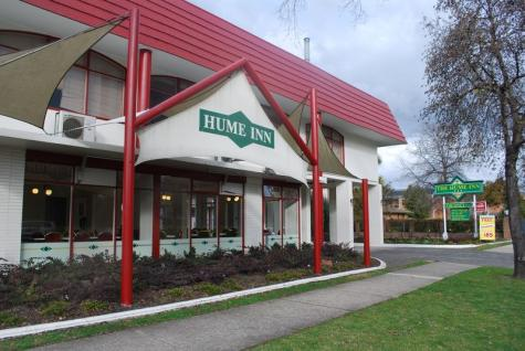 Hume Inn - The Hume Inn Motel