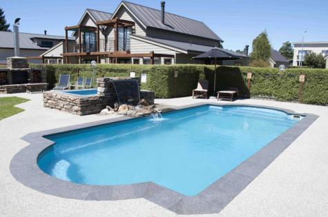 Swimming and Spa Pools - Wanaka Luxury Apartments